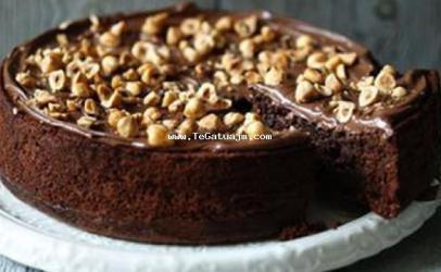 Tortë me lajthi