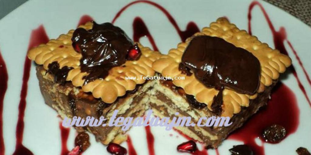 Tortë me biskota