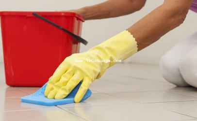Nje ide per pastrimin  e shpejtë te  fugave në mes te pllakave
