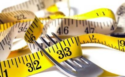 Dobësohuni pa ulur kaloritë, hani çdo 12 orë pa dietë specifike