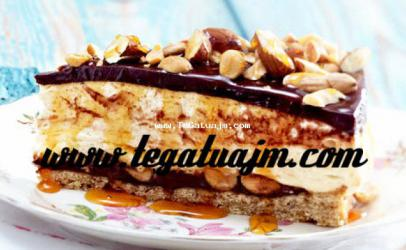 Torte me karamel, çokolate dhe kikirika