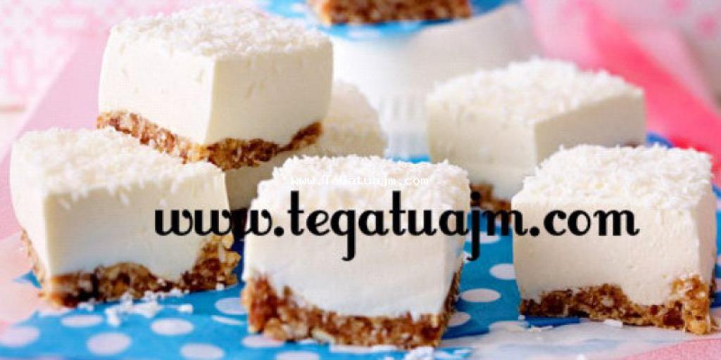 Joghurt-Cheesecake me arra indiane dhe hurma