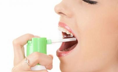 Recetë shtëpiake kundër dhimbjes së fytit