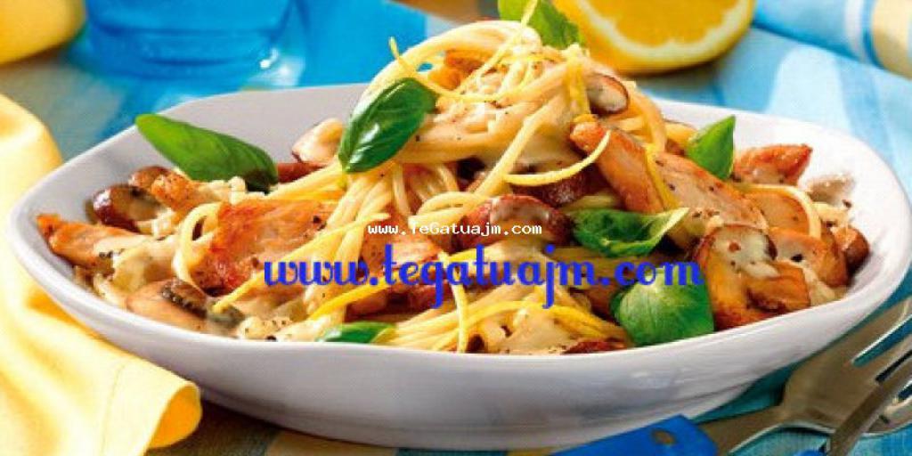 Shpageti me mishe pule