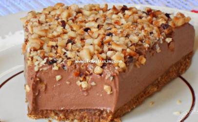 Torta me nutella dhe lajthia