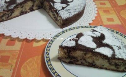 Torta dy ngjyrshe