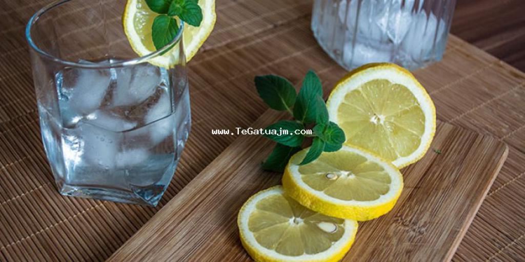 Keni probleme me yndyrë në gjak? Limoni dhe celeri (selino) janë zgjidhja