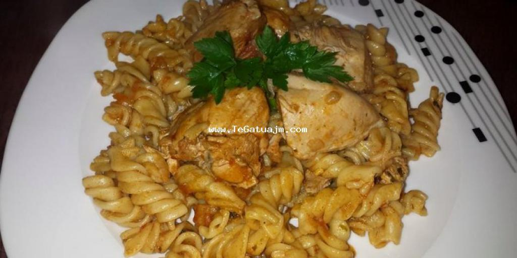 Makarona gjelle  me mishe te bardhe