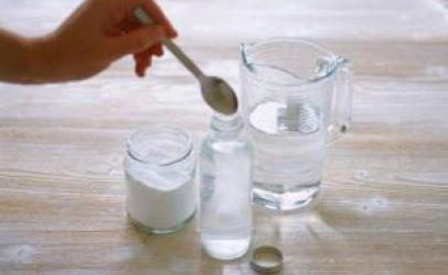 Tre receta shtëpiake që ju ndihmojnë në jashtëqitje