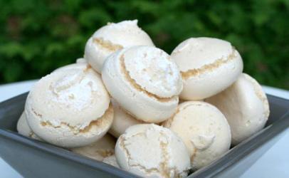 Toptha shkume per femij me te bardha te vezeve (mafishe)