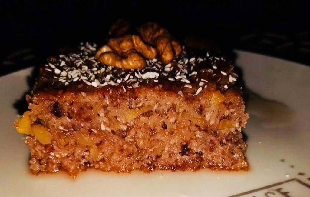 Torte e shpejte me arra dhe çokolatë