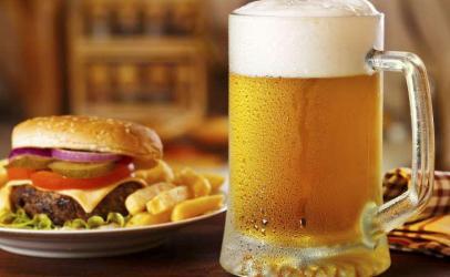 Numërimi i kalorive në etiketat e alkoolit