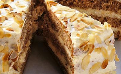 Torte me bajame dhe çokolate te bardhe