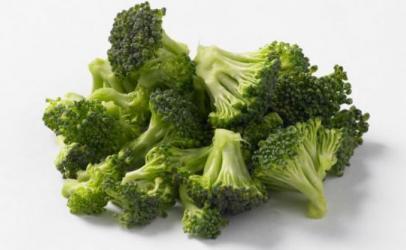 Brokoli parandalon kancerin e gjirit
