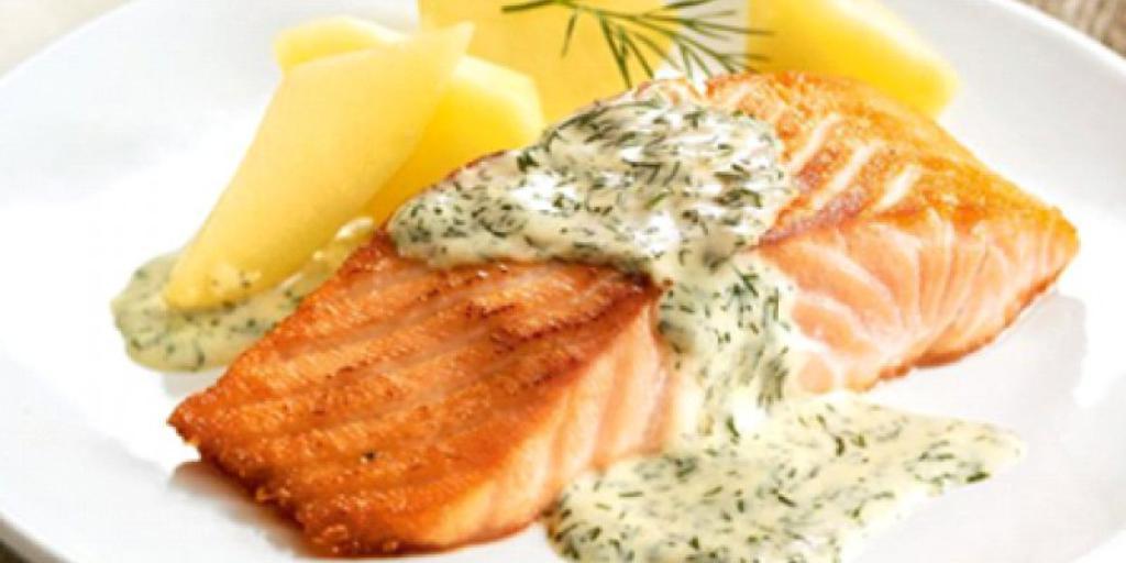 Salmon ne salce limoni dhe koper