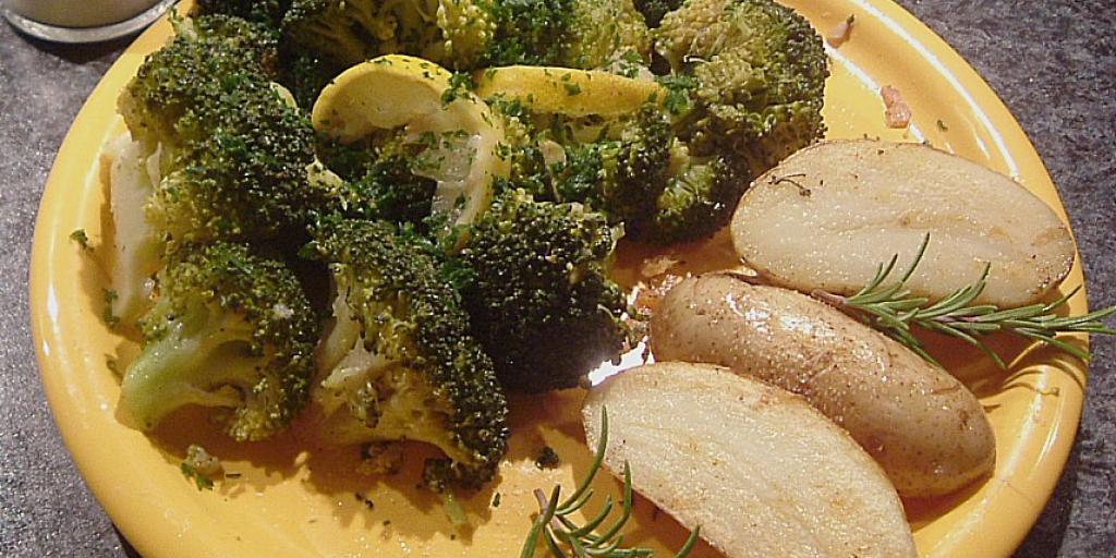 Brokoli me limon dhe parmesan