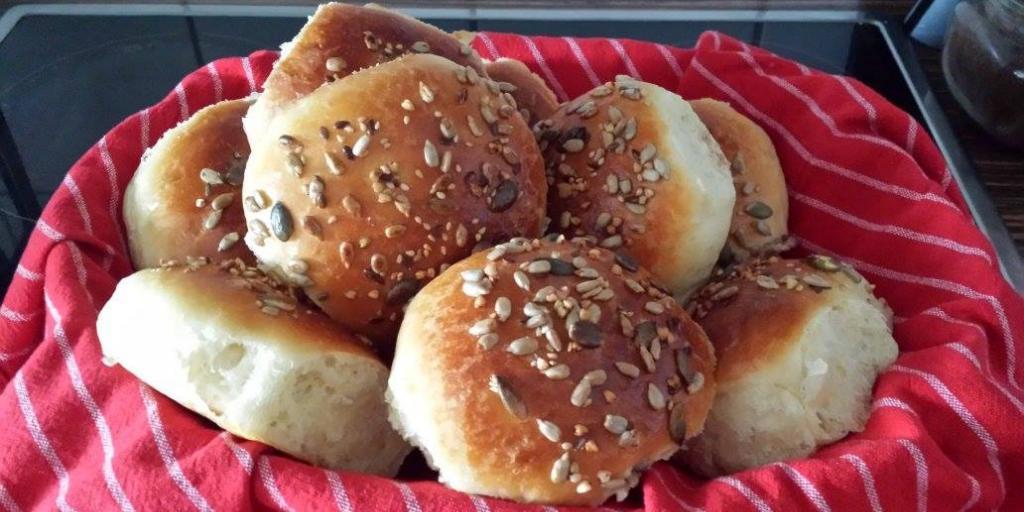 Buke shtepie te gatuar me mikser nga  Adelina Mehmeti Hajdari