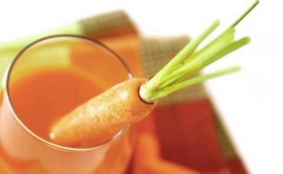 Lëng nga  citrus dhe karrota