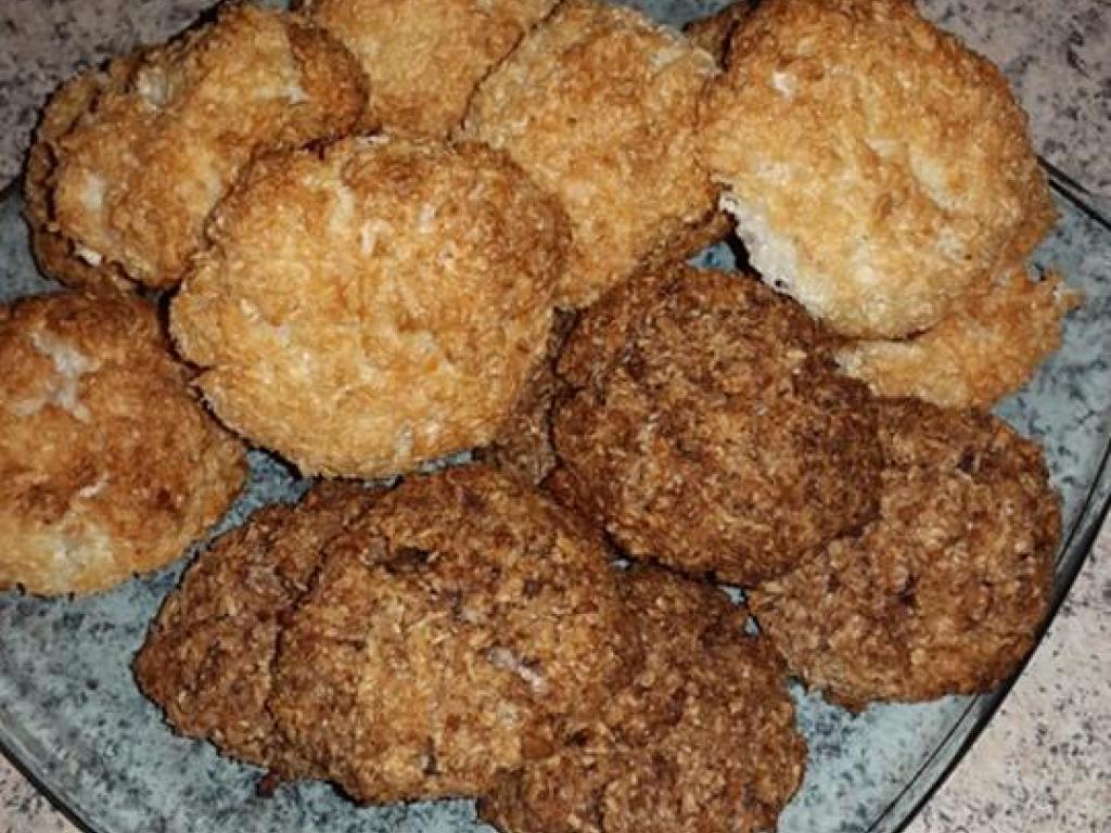 Biskota me kokos nga Besnik Sadije Junuzi