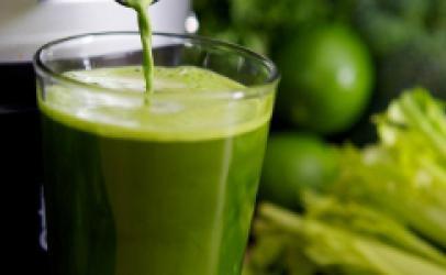 Lëngu Natyral i Gjelbër Ç'fryrës-Receta Të Shëndetshme Të
