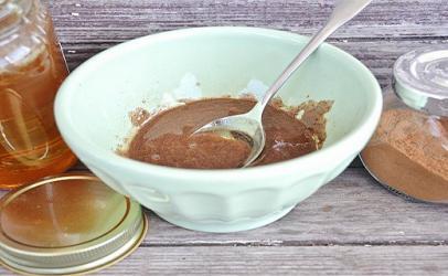 Receta mjaltë dhe kanellë për të rënë në peshë!!