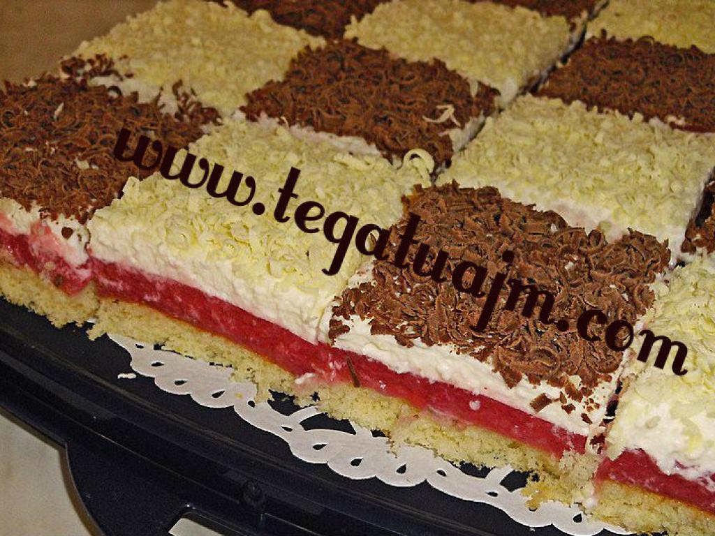 Torte me dy kreme te ndryeshme