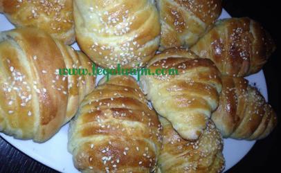 Kroasan (kifle) nga tegatuajm