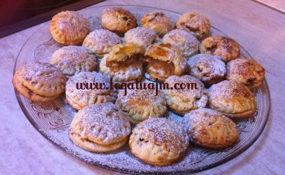 Biskota te mbushura me gjeme molle nga Egzontina Ismaili
