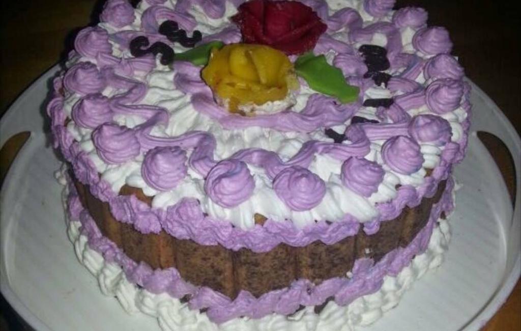Torte me biskota nga Gaziganja Salihu