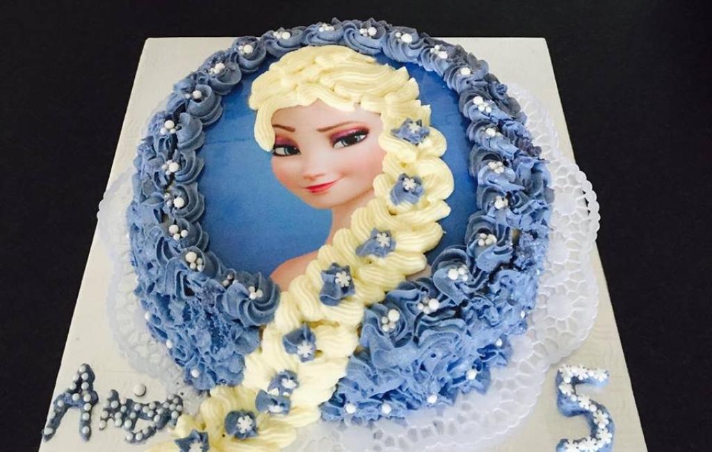 Frozen Elsa torte
