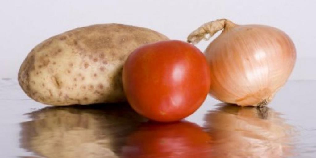 10 ushqime që nuk ruhen në frigorifer