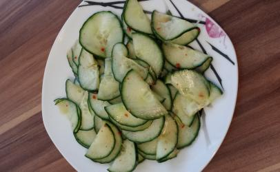 Salate me kastraveca