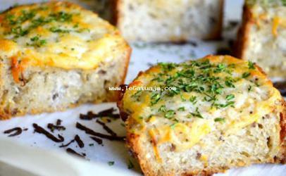 Bukë me hudhër dhe djath