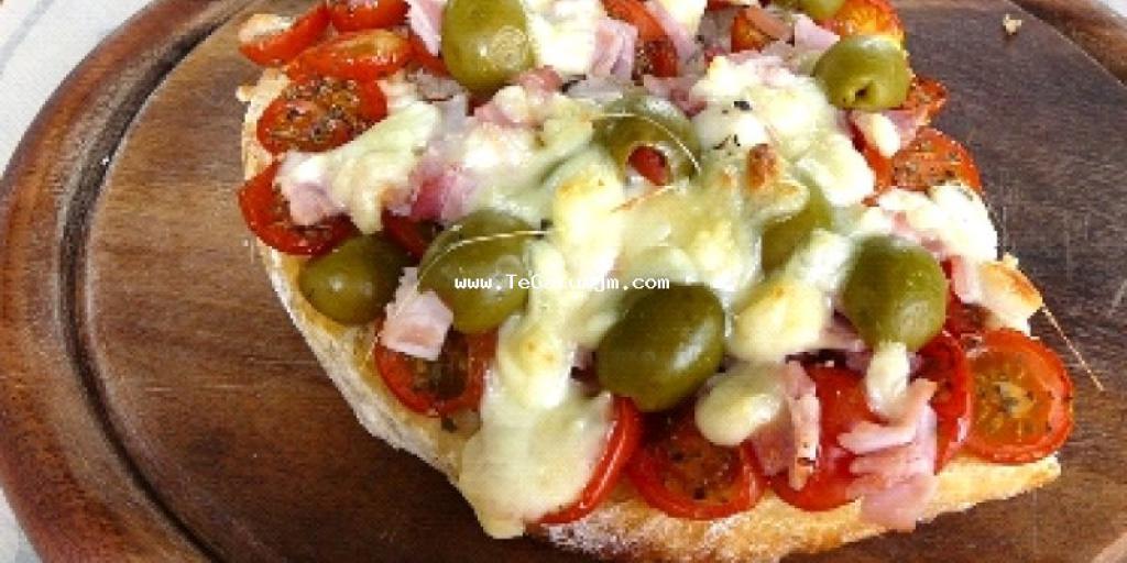 Ciabatta-Pizza