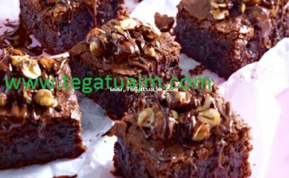 Brownie me çokolatë dhe lajthia